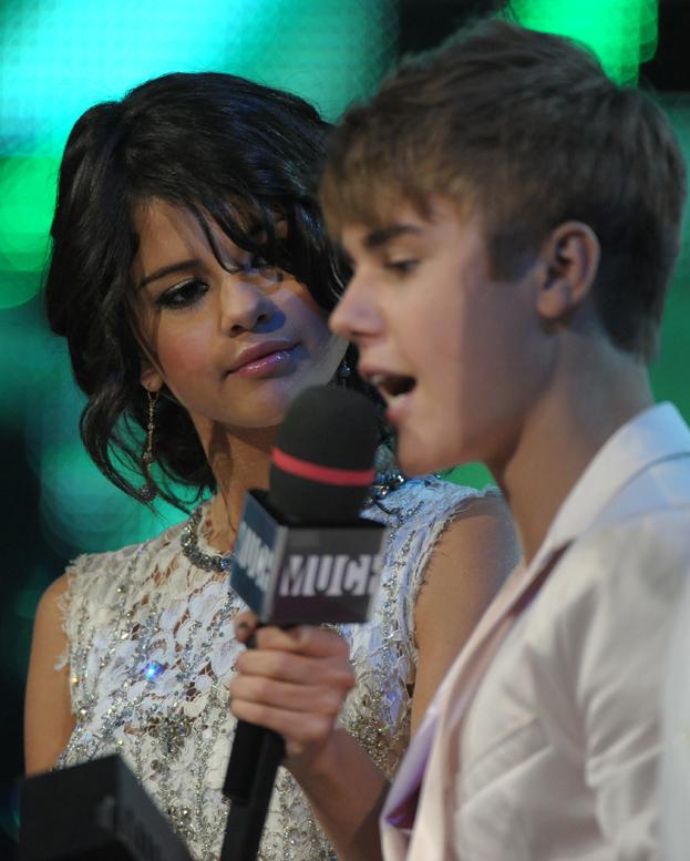"Selena i Justin ""sypiają ze sobą""!"